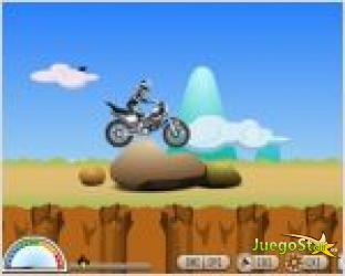Juego  motocross en la montaña